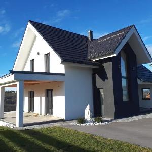 Prodamo nadstandardno novo zgrajeno stanovanjsko hišo