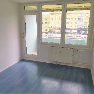 Prodamo dvoinpol sobno stanovanje v Novi Vasi